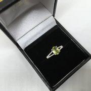 9 carat white gold peridot and diamond ring