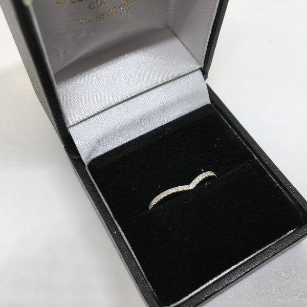 9 carat white gold diamond wishbone ring