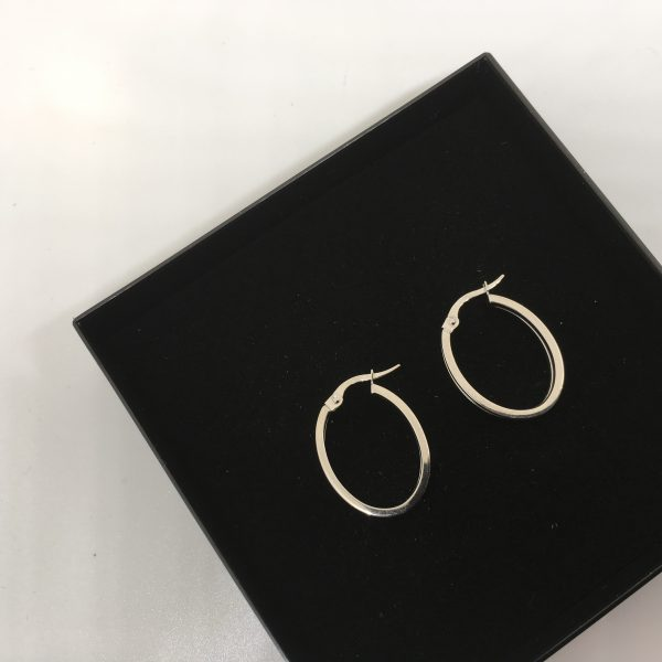 9 carat white gold oval hoops