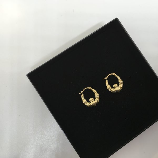 9 carat yellow gold Cladder hoops
