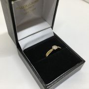 9 carat yellow gold diamond flower ring