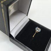 9 carat yellow gold aqua marine single stone