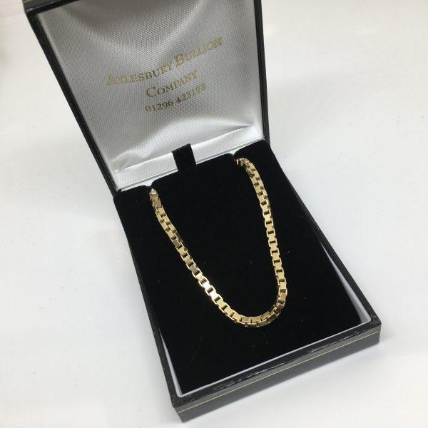 9 carat yellow gold box chain
