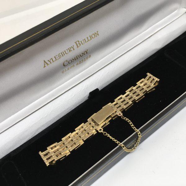 9 carat yellow gold gate bracelet