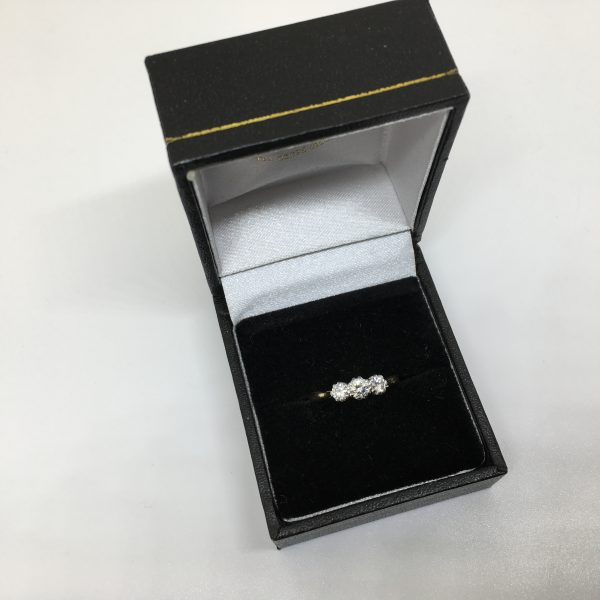 Preowned 18 carat yellow gold 3 stone ring
