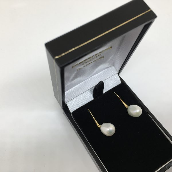 Preowned 9 carat yellow gold freshwater pearl drop earrings