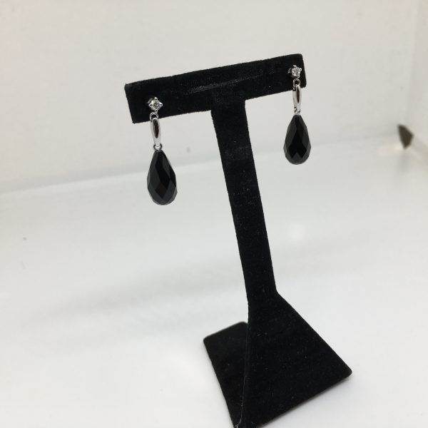 18 carat white gold black agate and diamond drop earrings