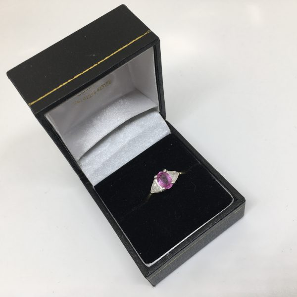 18 carat yellow gold pink sapphire and diamond ring