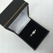 18 carat white gold diamond single stone ring