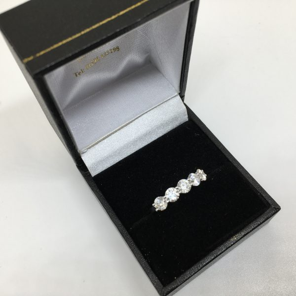 Platnium and diamond 5 stone ring