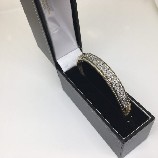 Preowned 9 carat yellow gold diamond bangle
