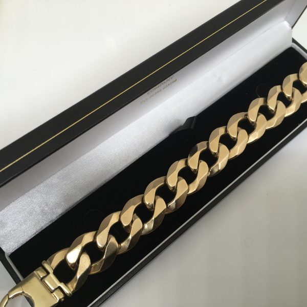 Preowned 9 carat yellow gold heavy curb bracelet