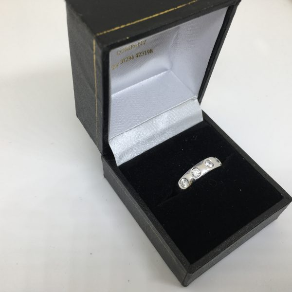 Preowned 14 carat white gold CZ ring