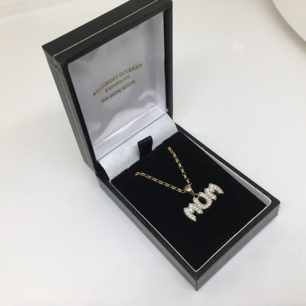 9 carat yellow gold cz mum pendant and chain