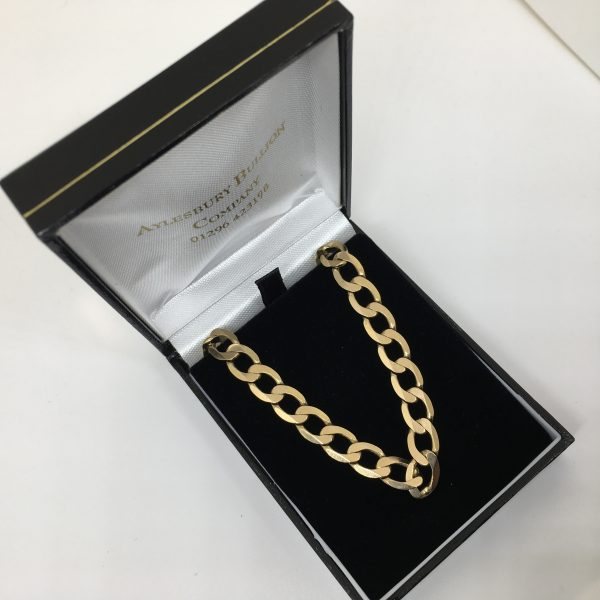 Preowned 9 carat yellow gold flat curb chain