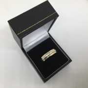 Preowned 18 carat 2 colour diamond ring