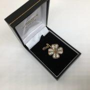 9 carat yellow gold CZ 4 leaf clover pendant