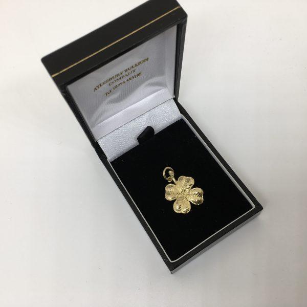 9 carat yellow gold 4 leaf clover charm/ pendant