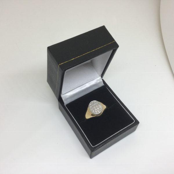 9 carat yellow gold diamond set oval signet ring