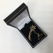 Preowned 9 carat yellow gold sapphire brooch