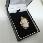 Preowned 9 carat yellow gold cameo brooch/ pendant