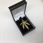 Preowned 9 carat yellow gold leaf pendant/ charm
