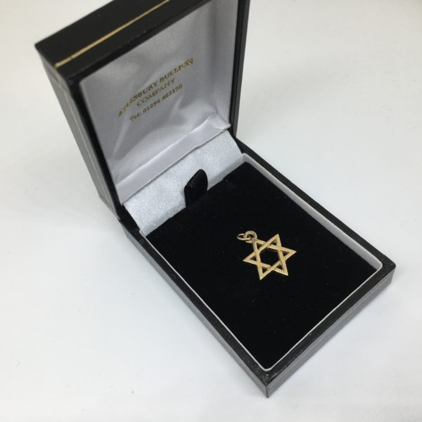 Preowned 9 carat yellow gold Star of David charm/ pendant