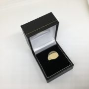 9 carat yellow gold square signet ring