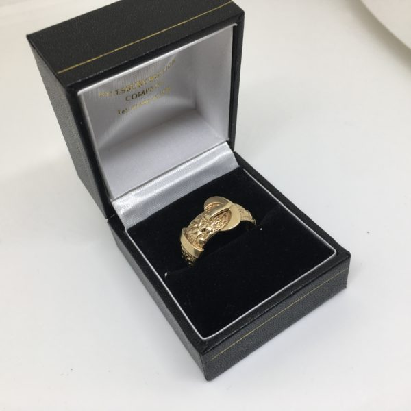 Preowned 9 carat yellow gold buckle ring