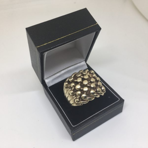 Preowned 9 carat yellow gold keeper ring