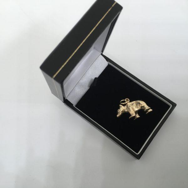 Preowned 9 carat yellow gold polar bear charm/ pendant