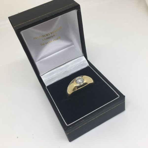 Preowned 18 carat yellow gold single stone diamond ring