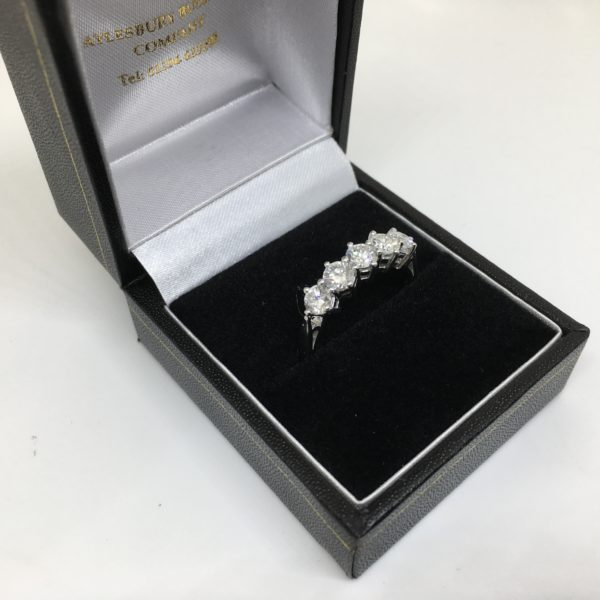 Preowned 18 carat white gold diamond 5 stone ring