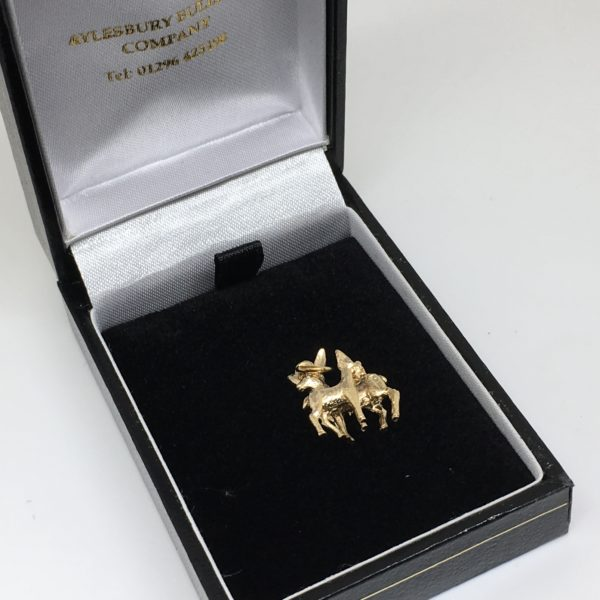 Preowned 9 carat yellow gold deer charm/ pendant