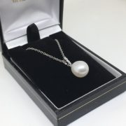18 carat white gold freshwater pearl and diamond pendant and chain