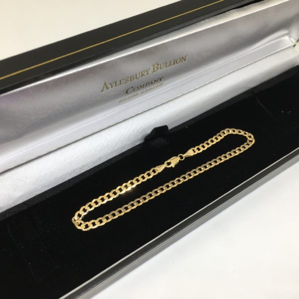 9 carat yellow gold ladies curb bracelet