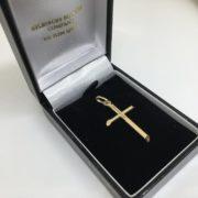 9 carat yellow gold cross pendant