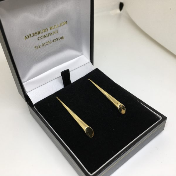 Preowned 9 carat yellow gold drop earrings