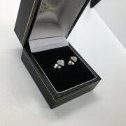 9 carat white gold diamond heart stud earrings