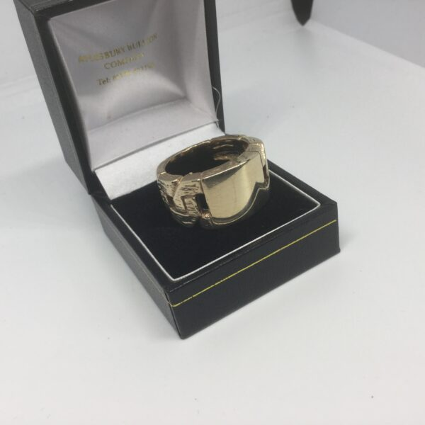 Preowned 9 carat yellow gold belt ring