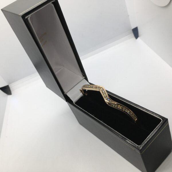 9 carat rose gold diamond bangle