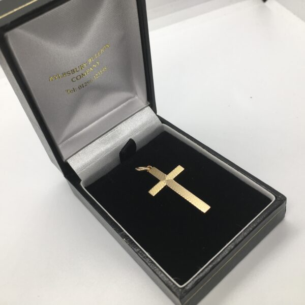 Preowned 9 carat yellow gold patterned cross pendant