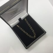 9 carat yellow gold oval belchar chain