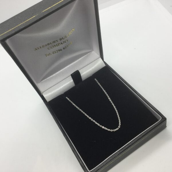 9 carat white gold diamond cut trace chain