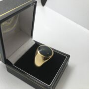 Preowned 9 carat yellow gold bloodstone signet ring