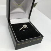 Preowned platinum single stone diamond ring