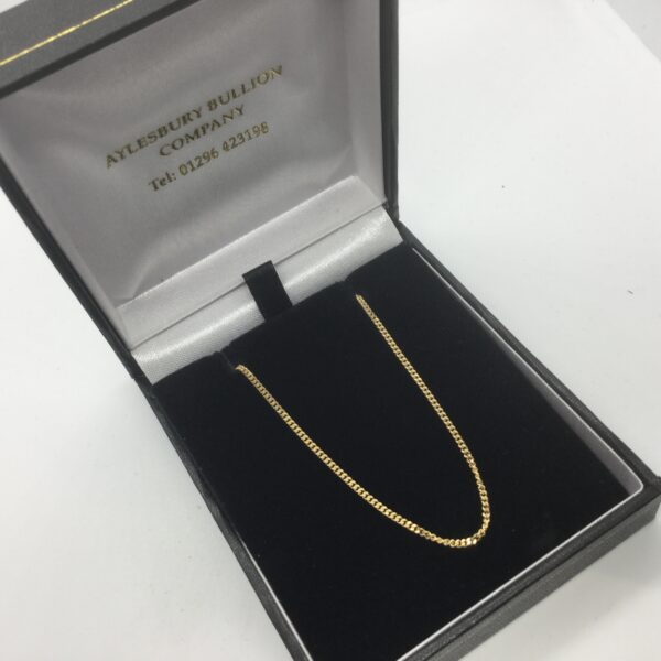 9 carat yellow gold curb chain