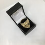 Preowned 9 carat yellow gold saddle ring