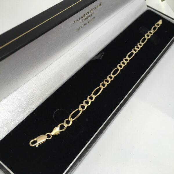 Preowned 9 carat yellow gold figaro bracelet