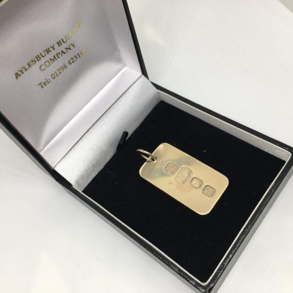 Preowned 9 carat yellow gold ingot pendant